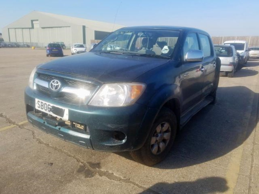 REF 186 TOYOTA HILUX HL3 SWB YEAR 2006 2.5 D4D 5 SPEED MANUAL