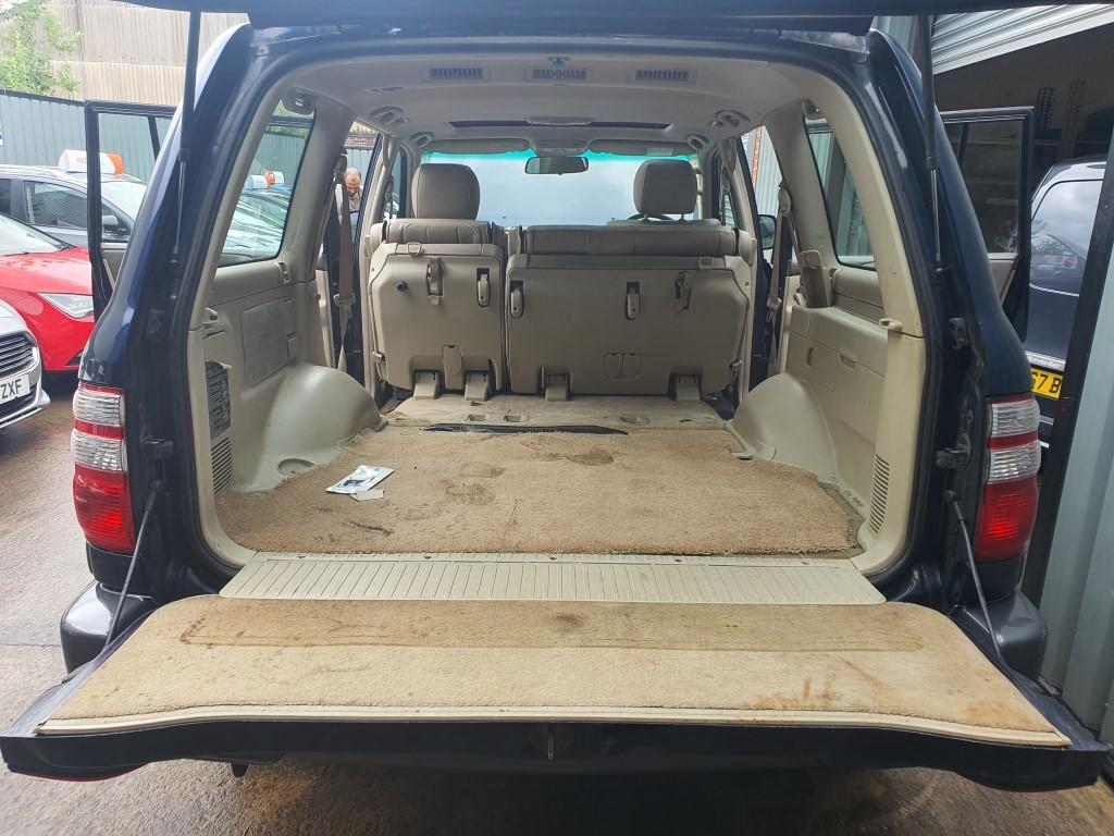 REF 224 TOYOTA LANDCRUISER AMAZON 2004 4164CC DIESEL AUTO